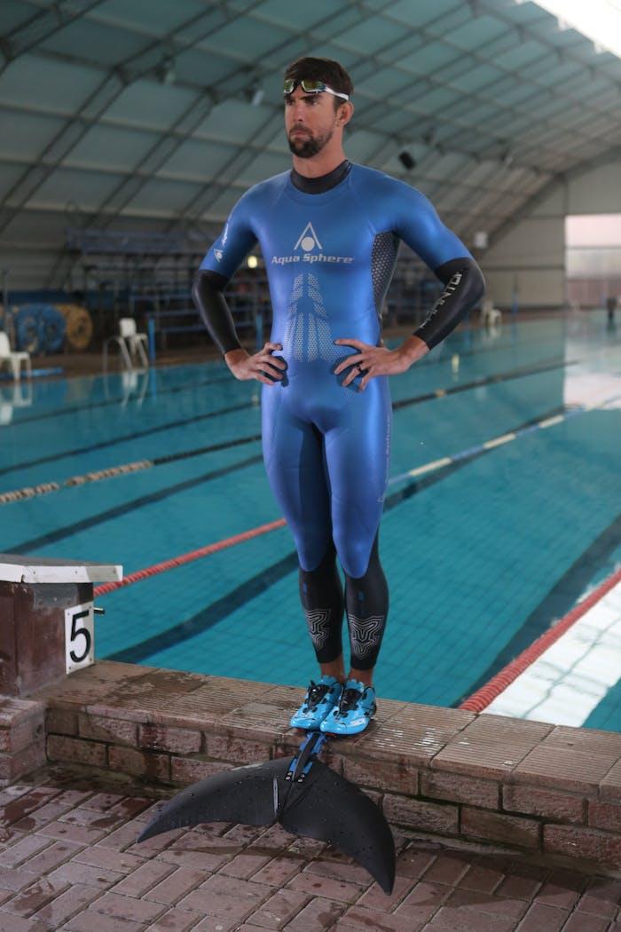 Michael Phelps Monofin race  pool