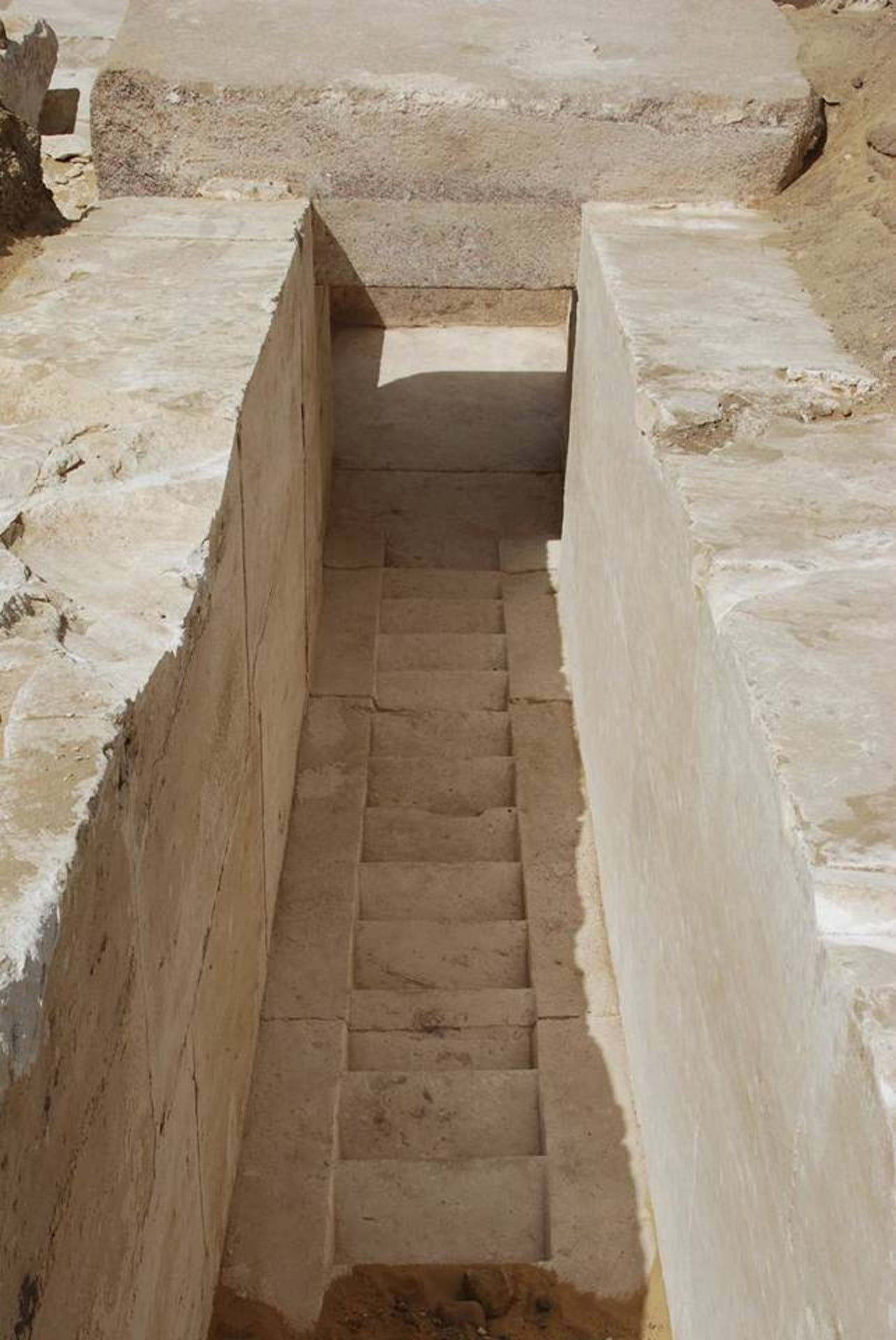 13th Dynasty New Pyramid Discovered in Egypt
