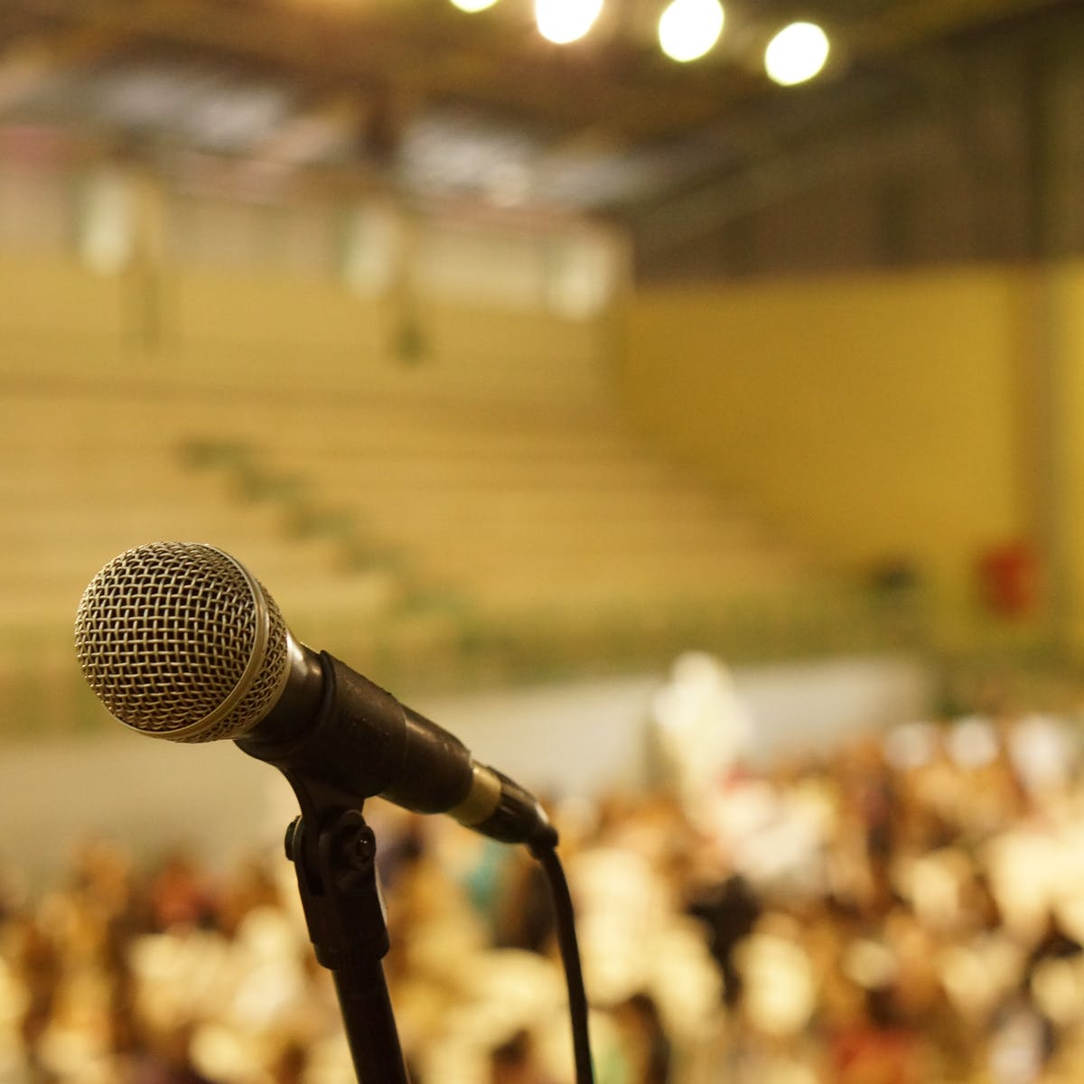 Fear of Public Speaking: There's a Biological Reason Introverts Struggle