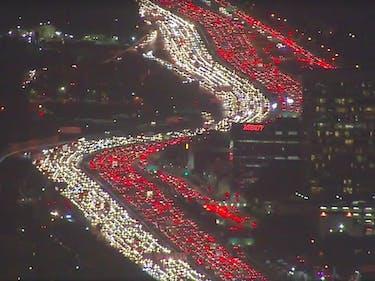 Hyperloop One Posts a Shady Thanksgiving Traffic Tweet