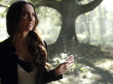 Julia Is Suddenly the Most Fun Character of All 'The Magicians'