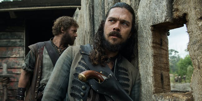 Luke Arnold as Long John Silver in 'Black Sails' Season 4 episode 6