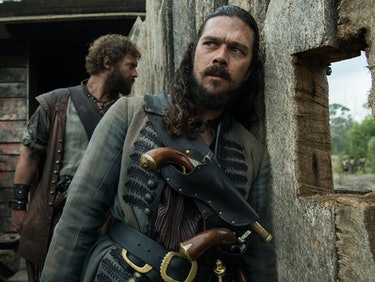 Silver and Billy Talk Post-Murder Attempt on 'Black Sails'