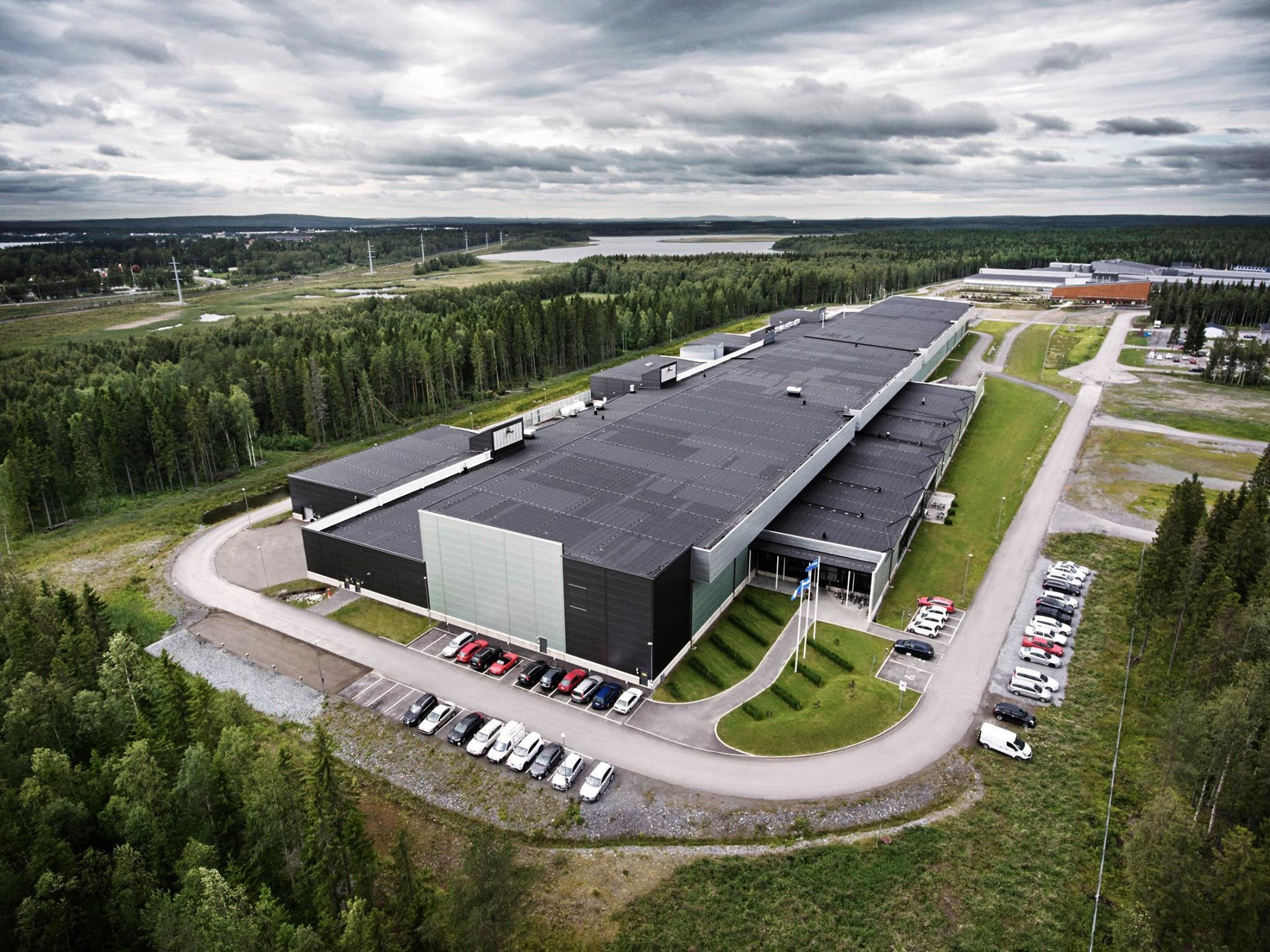 Peek Inside Facebook's Enormous, Streamlined Luleå Data Center