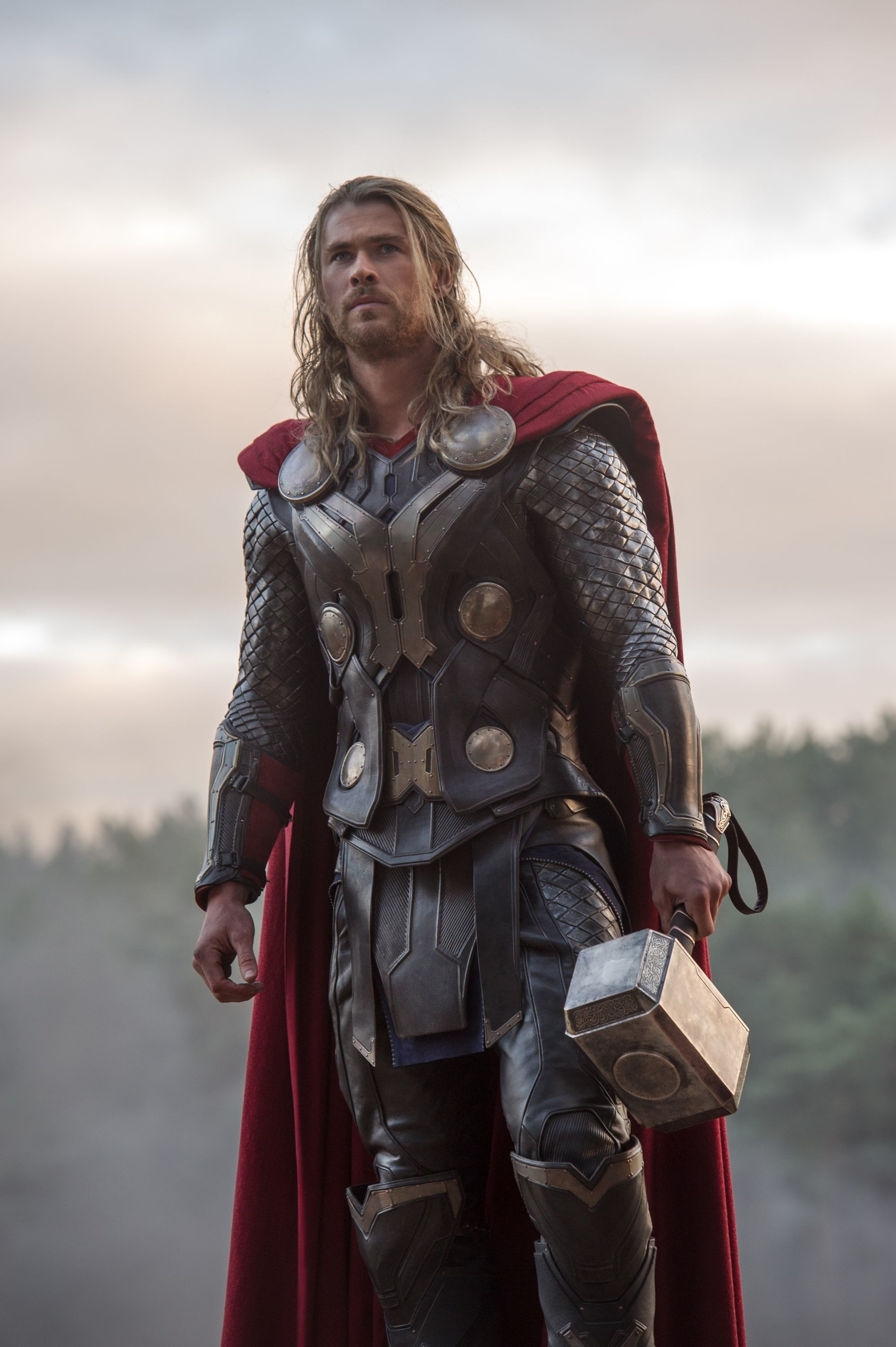 chris-hemsworth-as-thor.jpeg