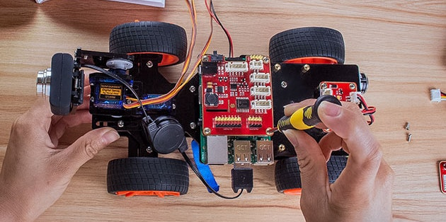 How to Use Raspberry Pi to Build a Wifi-Controlled Toy Car ...
