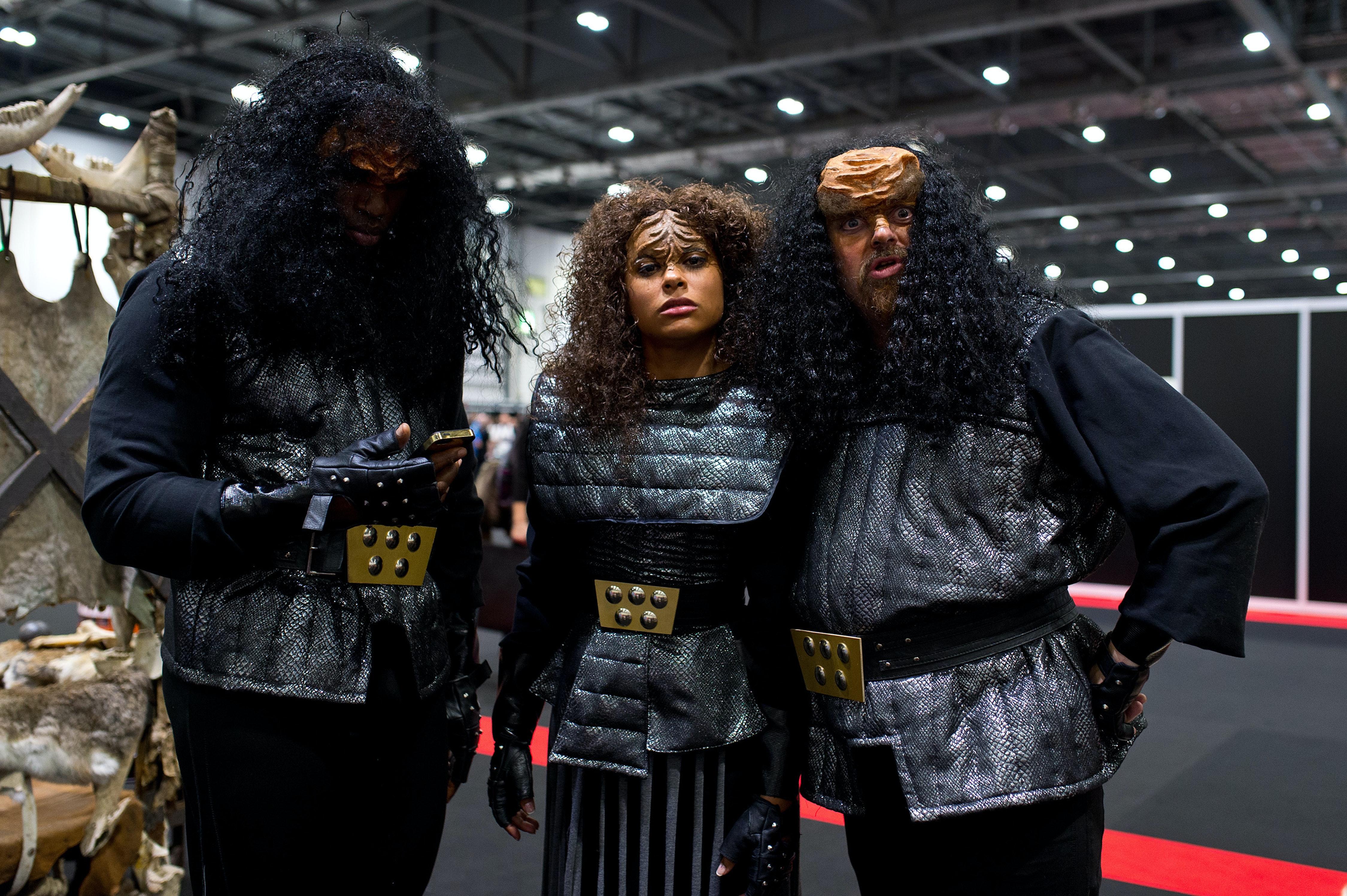 Star Trek Fans Dressed as Klingons