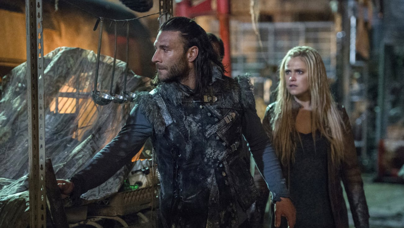 The 100 Season 4 with Zach McGowan and Eliza Taylor as Clarke Griffin