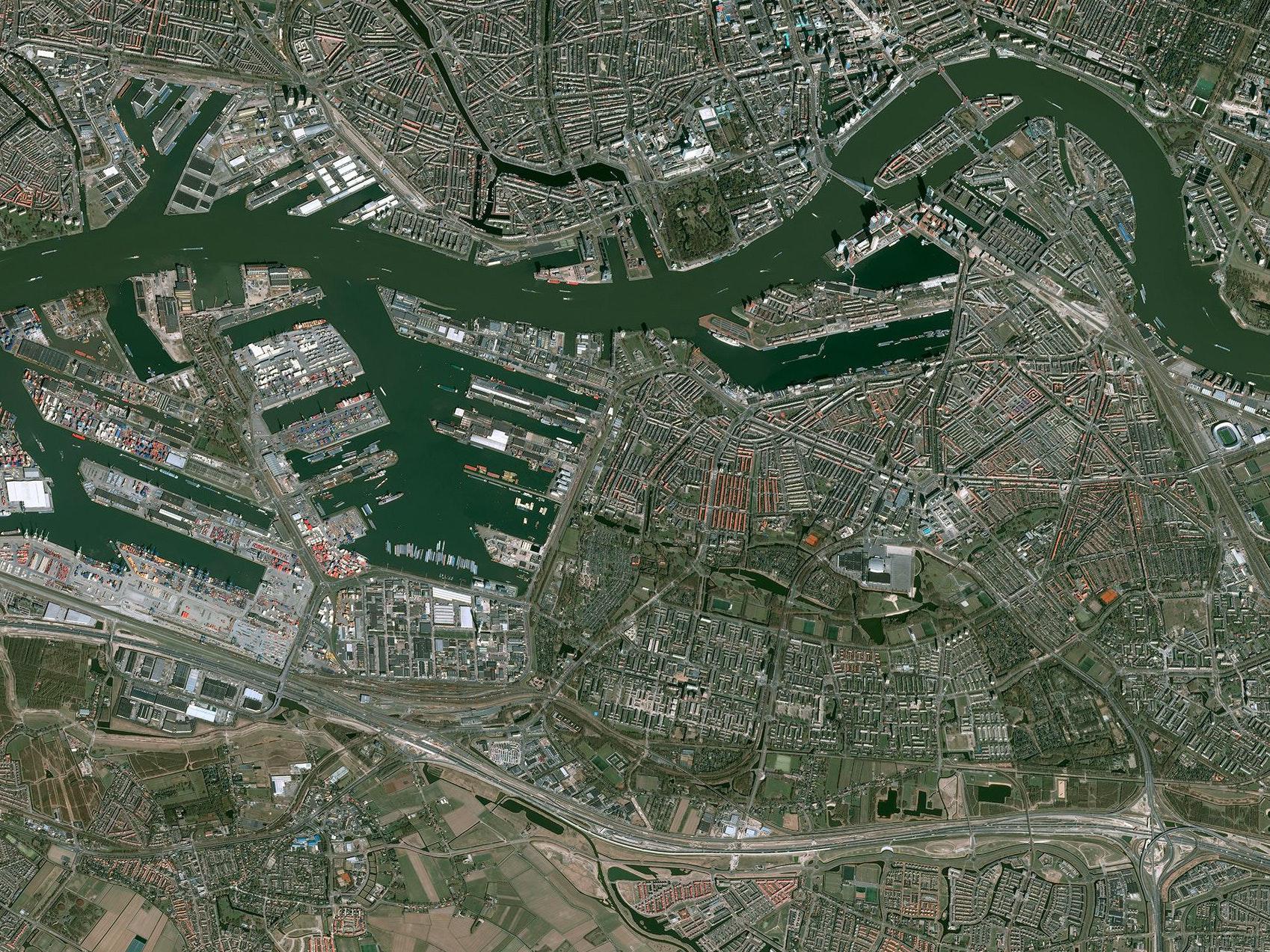 FUTURE CITIES   Rotterdam
