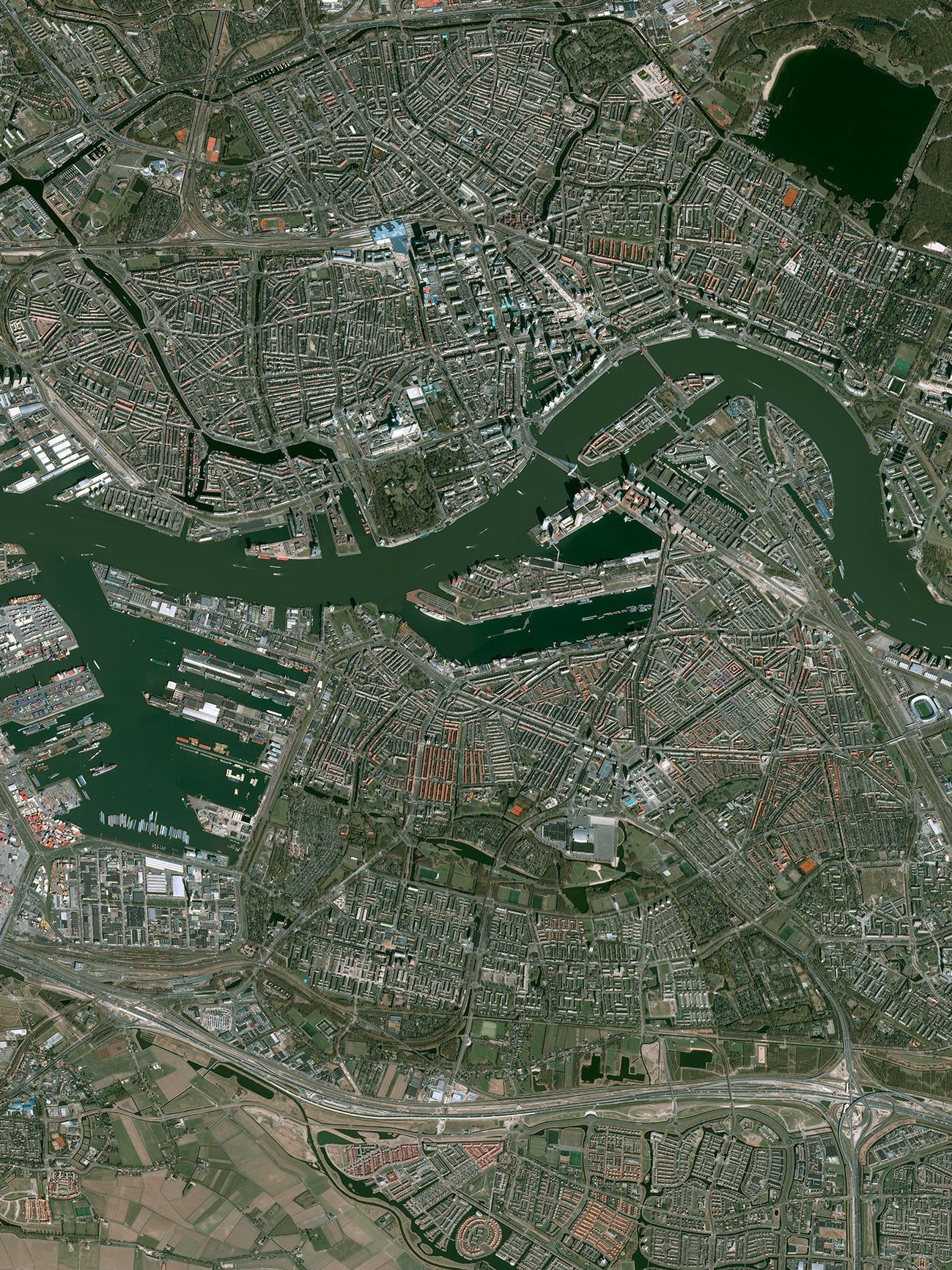 The Pleiades 1-A satellite image of Rotterdam.