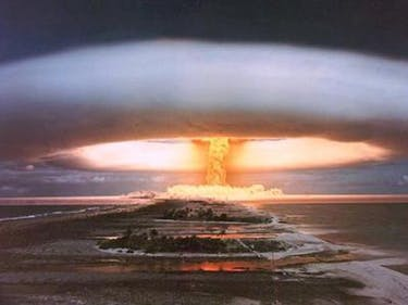 What's the Difference Between Atomic and Hydrogen Bombs?