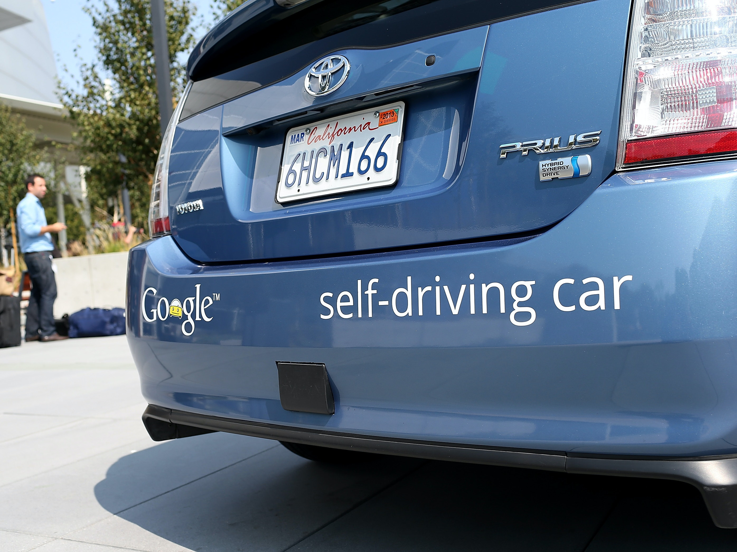 Federal Government to Release Rules for Self-Driving Cars