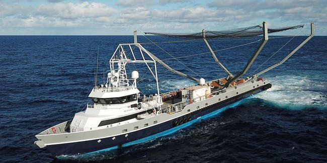 """Mr Steven"" fairing catcher ship."