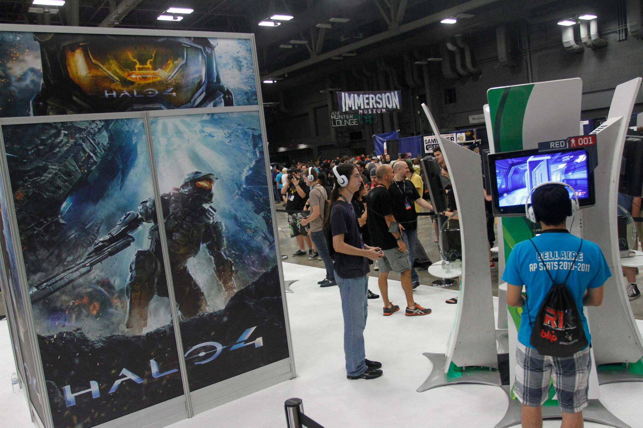 RTX: The Oral History of Rooster Teeth's Conventions | Inverse