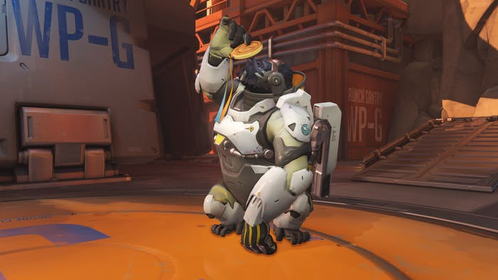 Probably the reaction of every Winston main in China right now, kissing their gold medal.