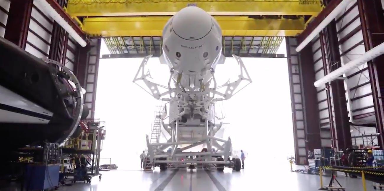 spacex falcon 9 crew dragon