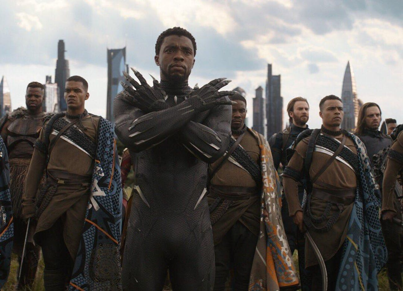 T'Challa leads the defense of Wakanda's capital city against Thanos's armies, with tons of heroes at his back.