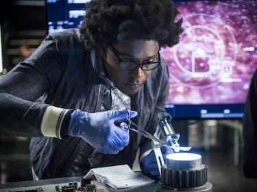 'Arrow' Finally Let Mister Terrific Do His One Actual Job