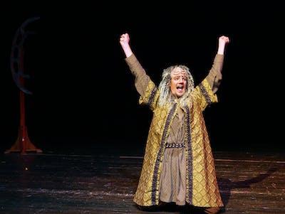 The Klingon 'Christmas Carol' Is the Best 'Christmas Carol'