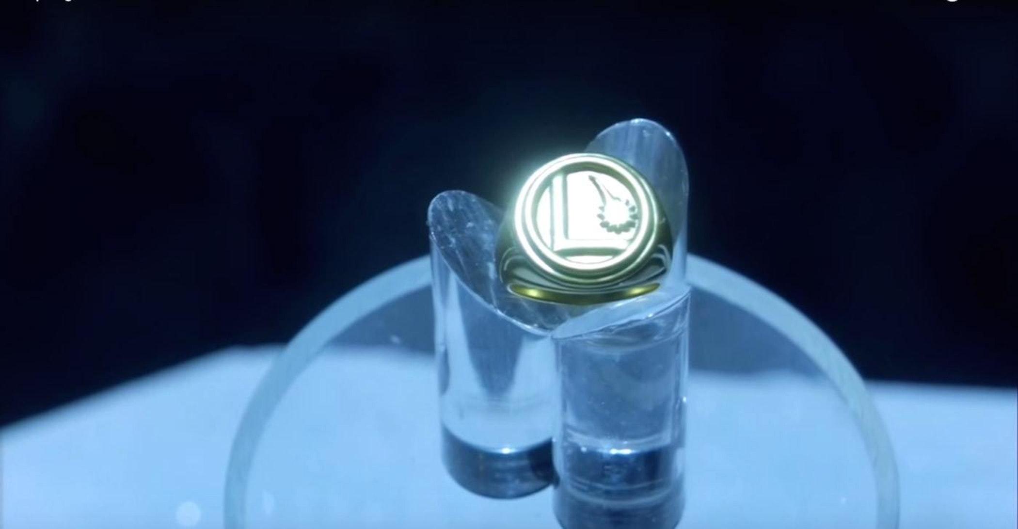 The Legion of Flight ring, in 'Supergirl' Season 1.