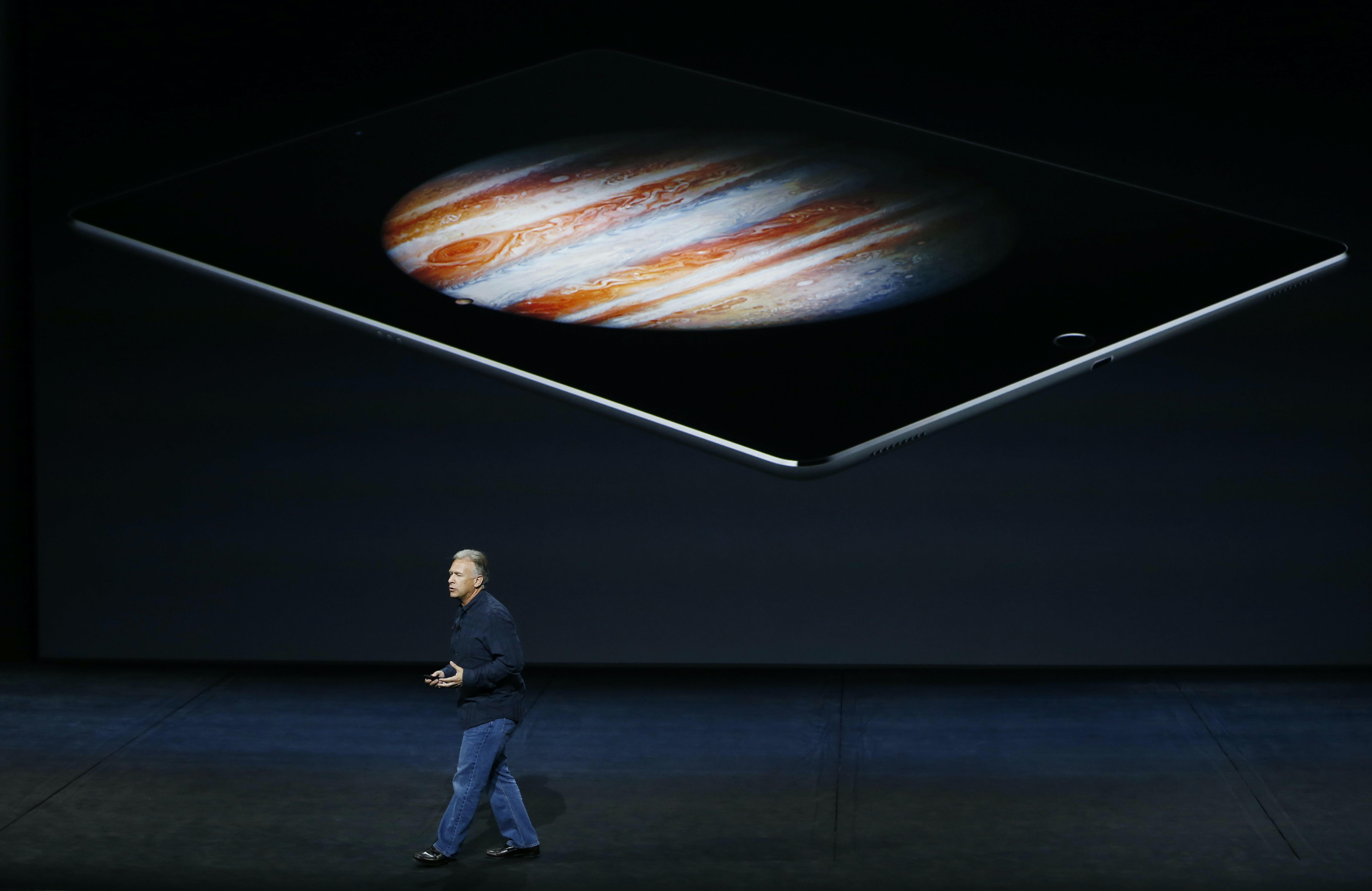 Apple marketing SVP Phil Schiller introduces the 12.9-inch iPad Pro.