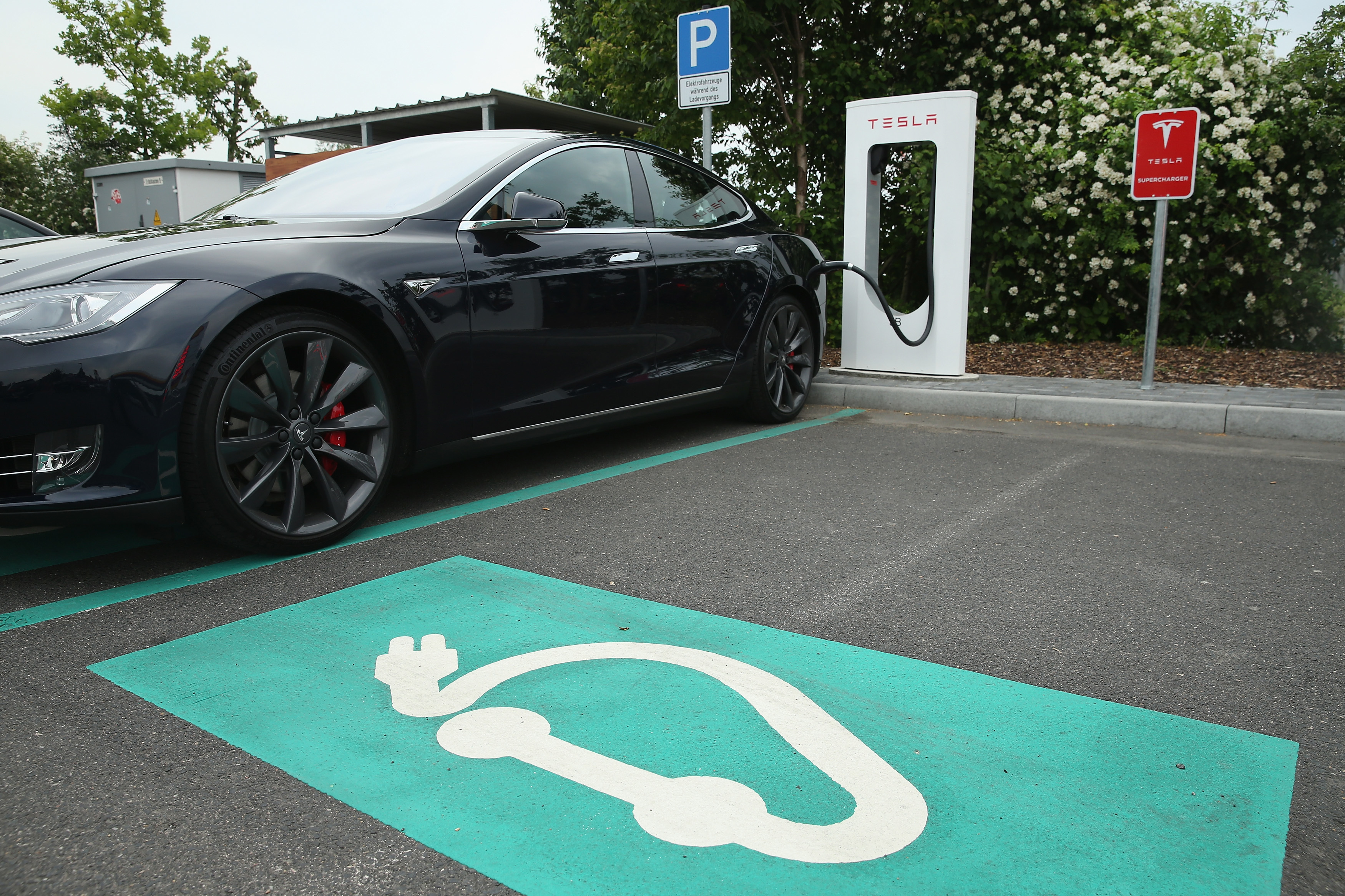 Some day you could just pick up a Tesla at a charging station and go.