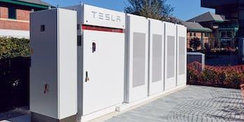 Tesla Powerpack installation