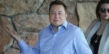 """Elon Musk's """"More Cowbell"""" Autopilot Feature Makes Teslas Feel """"Like 'Mario Kart'"""""""