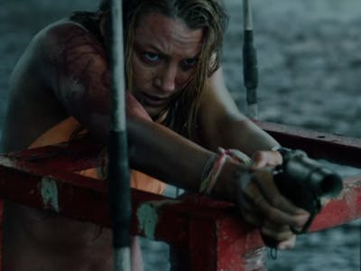 'The Shallows' Might Be a New Genre Staple as 'Independence Day' Falls Flat