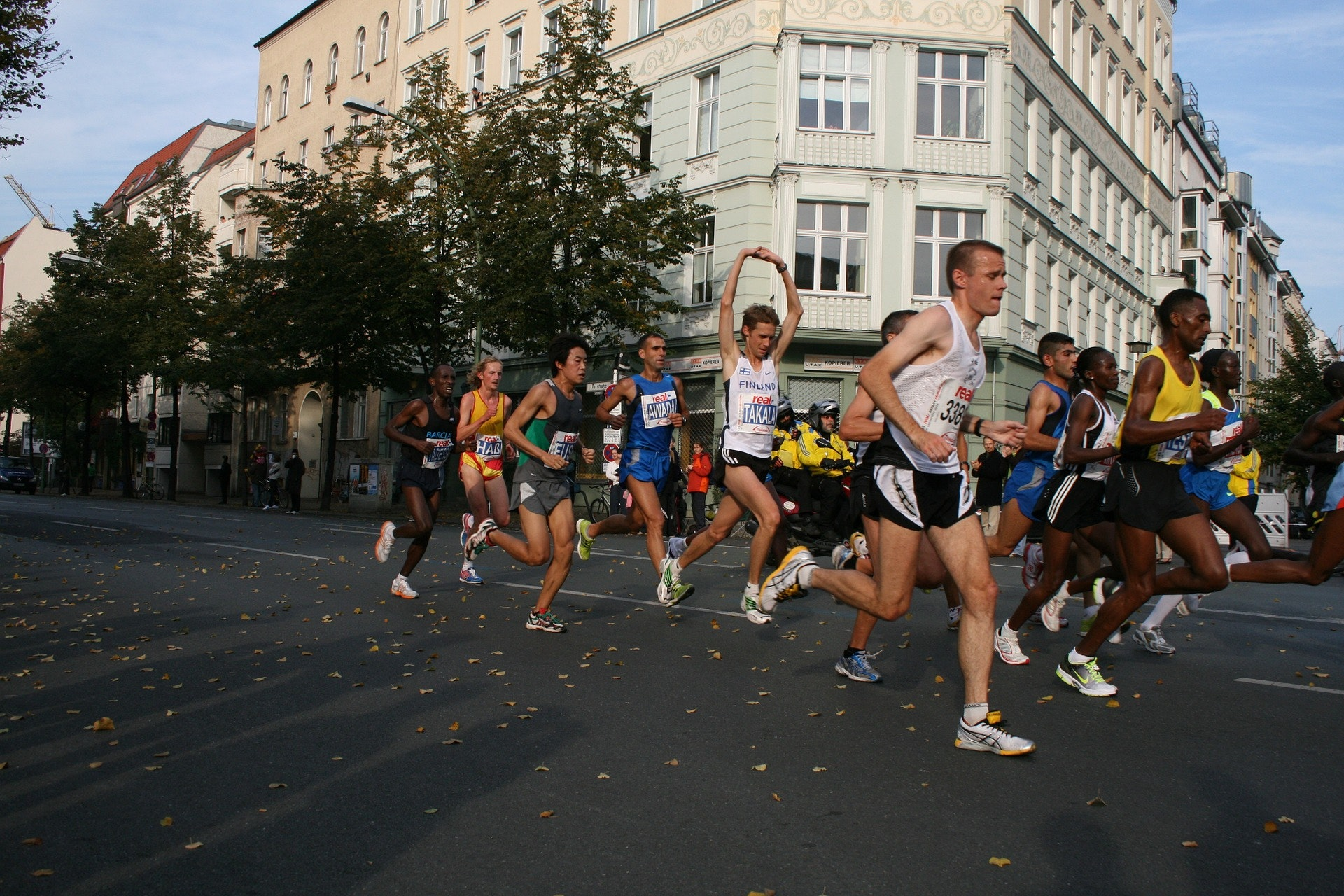 This Is Why Marathon Runners Get Sick Days After a Race
