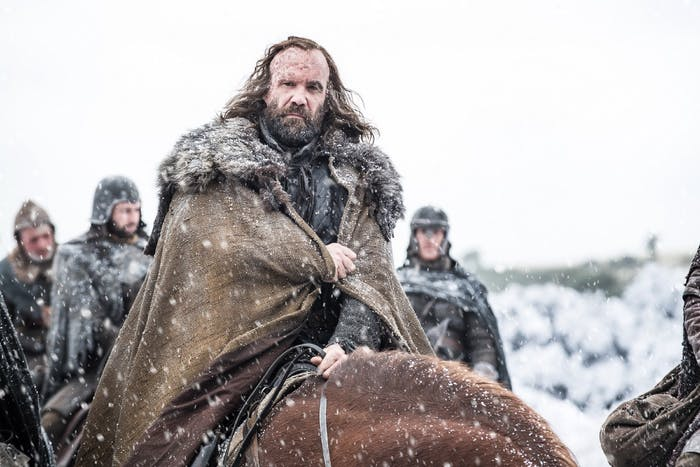 With his size and fighting prowess, the Hound is the best candidate to wield Heartsbane.
