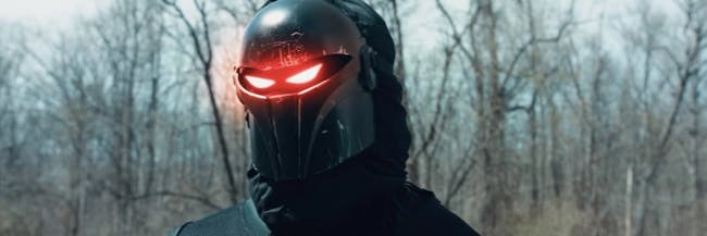 This live-action 'Fortnite' player is a veteran, because he has the Dark Knight skin from Season 2.