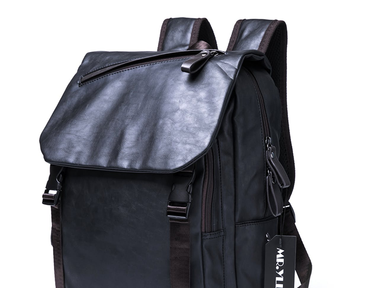 12 Smart Backpacks for Adults That Want to Carry Their Tech