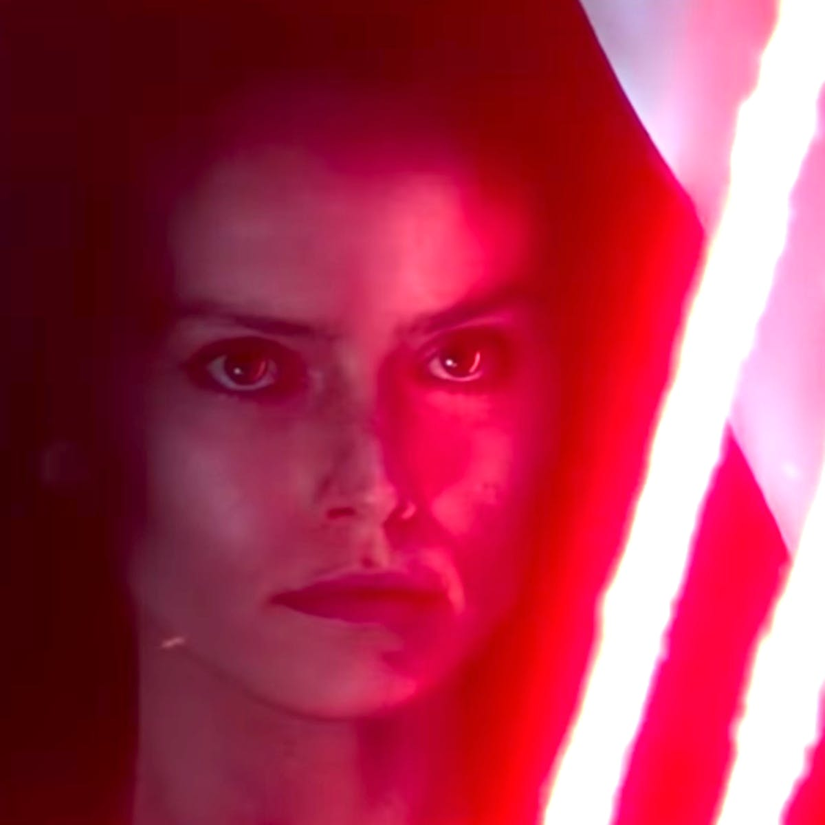'Star Wars 9' theory explains Snoke, Rey, and Palps' return all at once