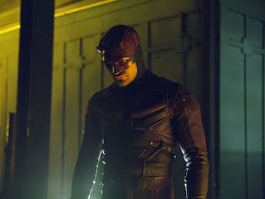 Only Daredevil, Iron Fist Will Fight in Costume in 'Defenders'