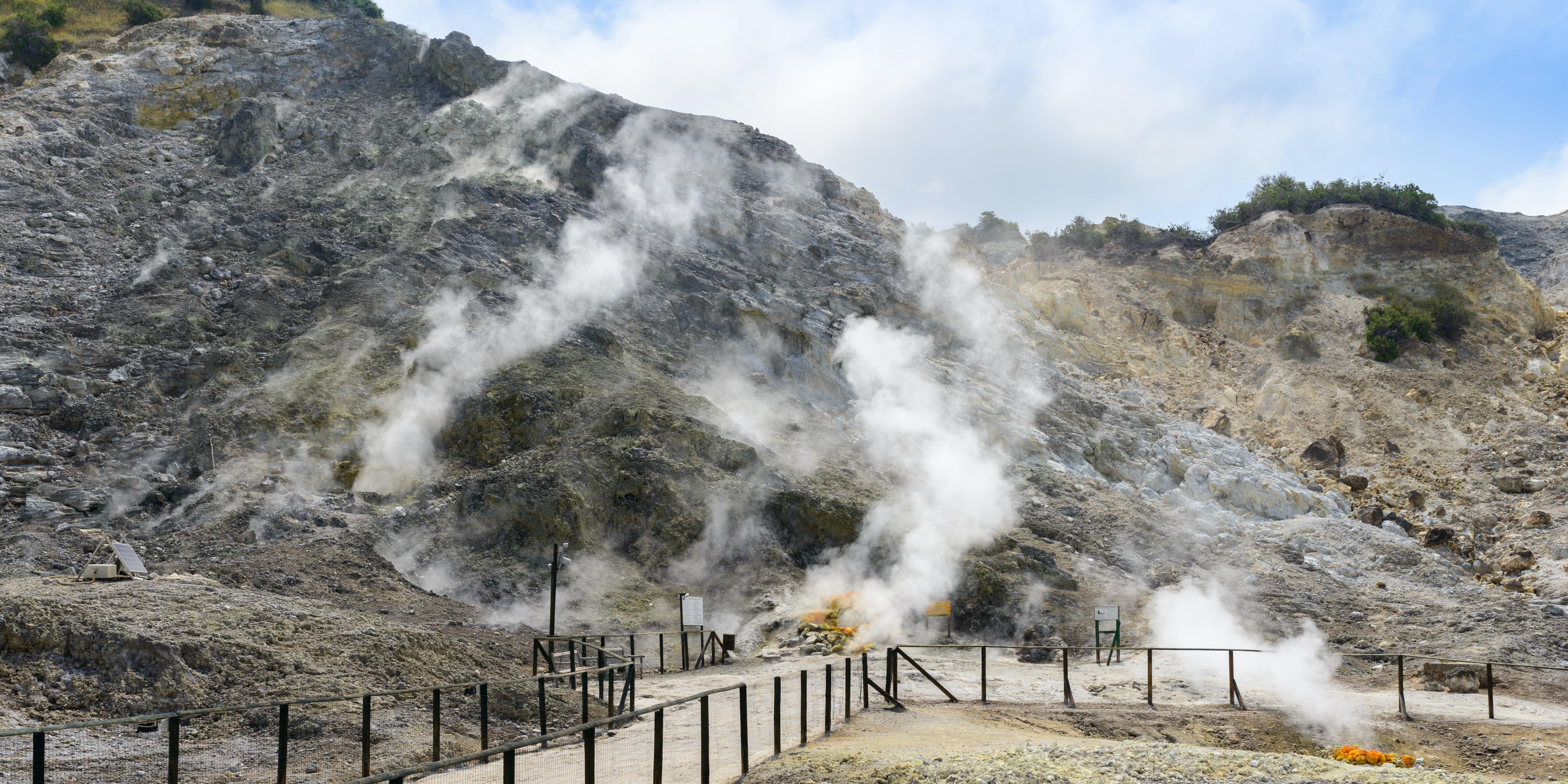 Fumarole, Solfatara (Pozzuoli), Campi Flegrei, Campania, Italy.