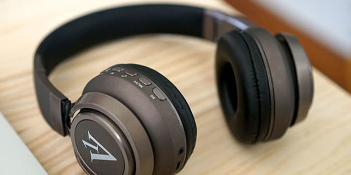gk12 headphones