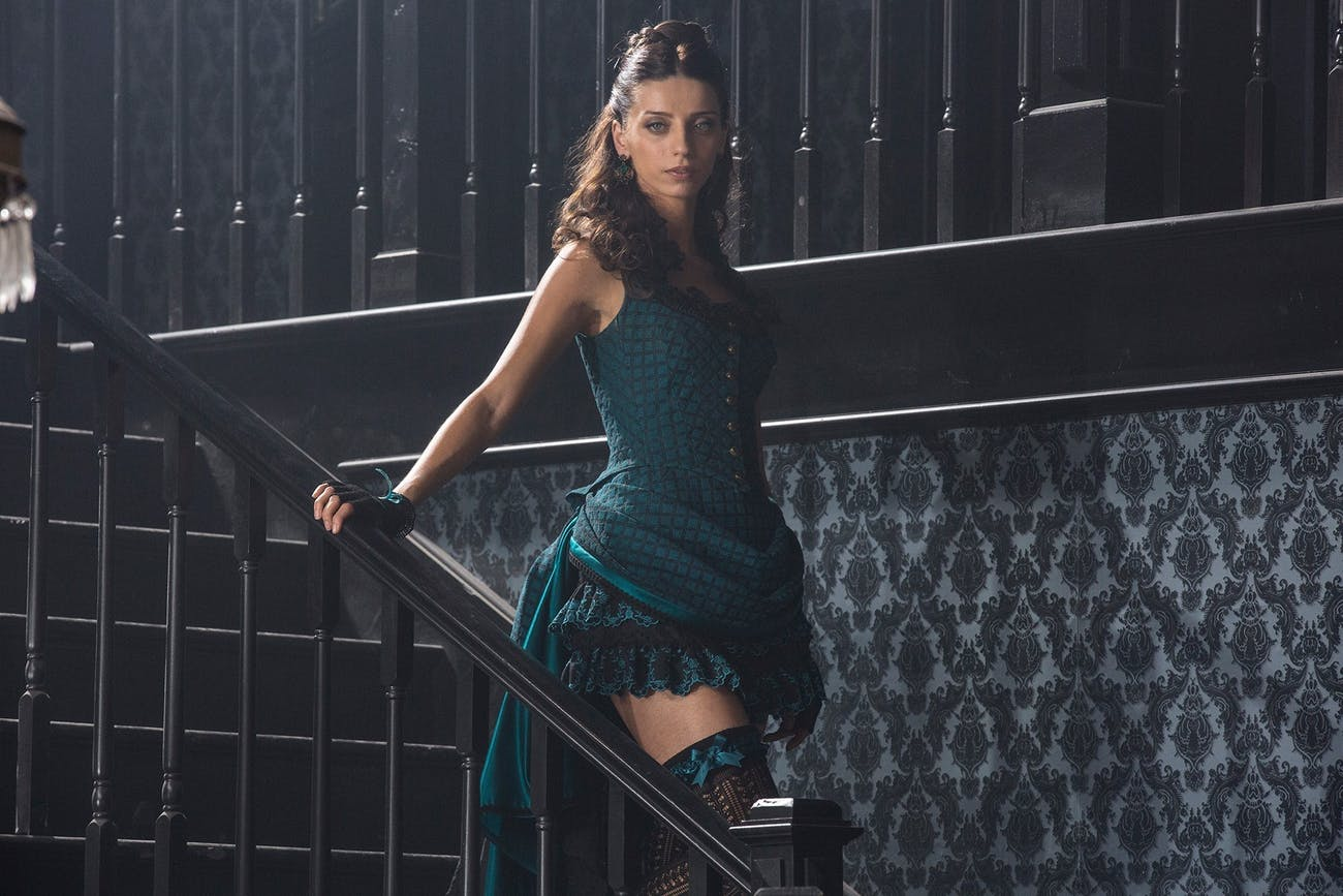 Angela Sarafyan as Clementine in 'Westworld'