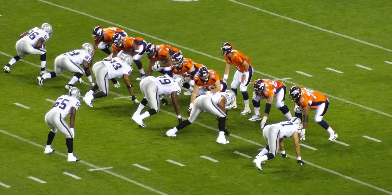 Broncos vs Raiders MNF