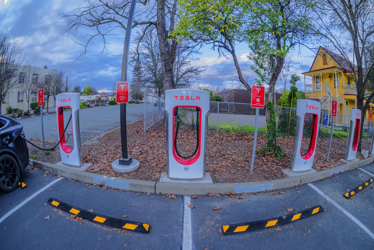 Tesla Feeders, Ukiah, California