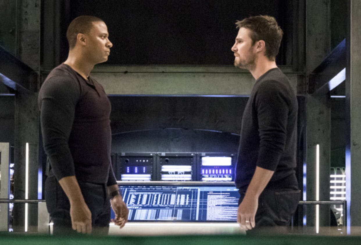 The founding members of Team Arrow split up.