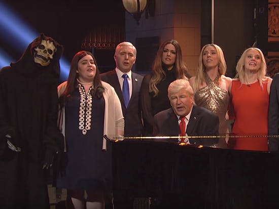 Watch the SNL White House Sing One More 'Hallelujah'