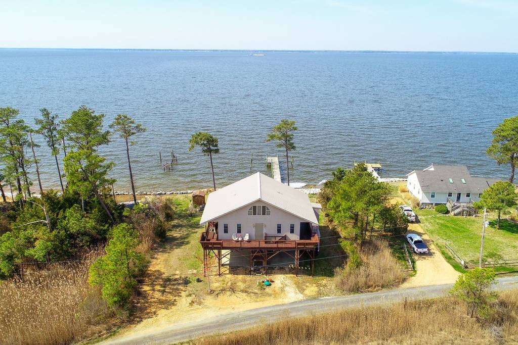 10 beach houses you can rent for less than an iphone xs max inverse rh inverse com