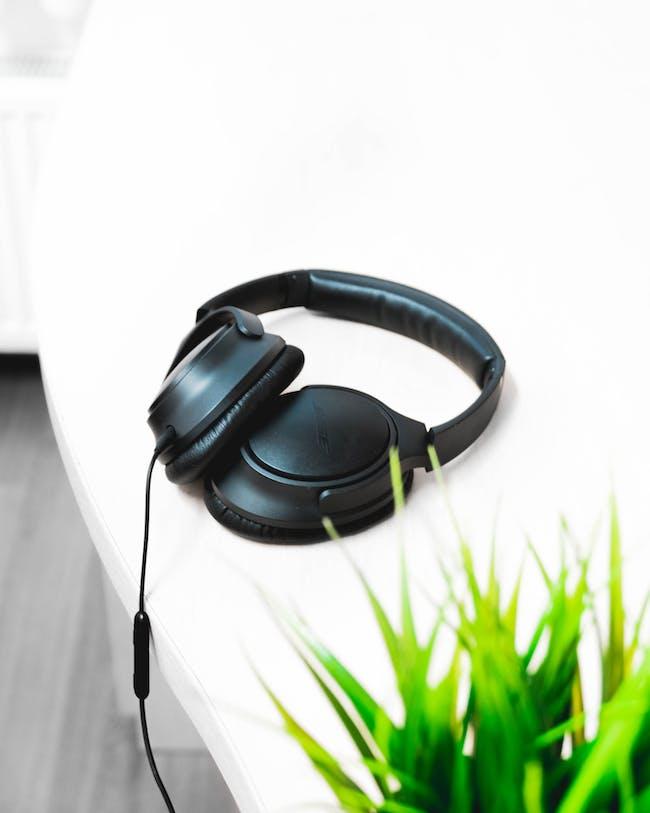 bose headphones noise cancelling