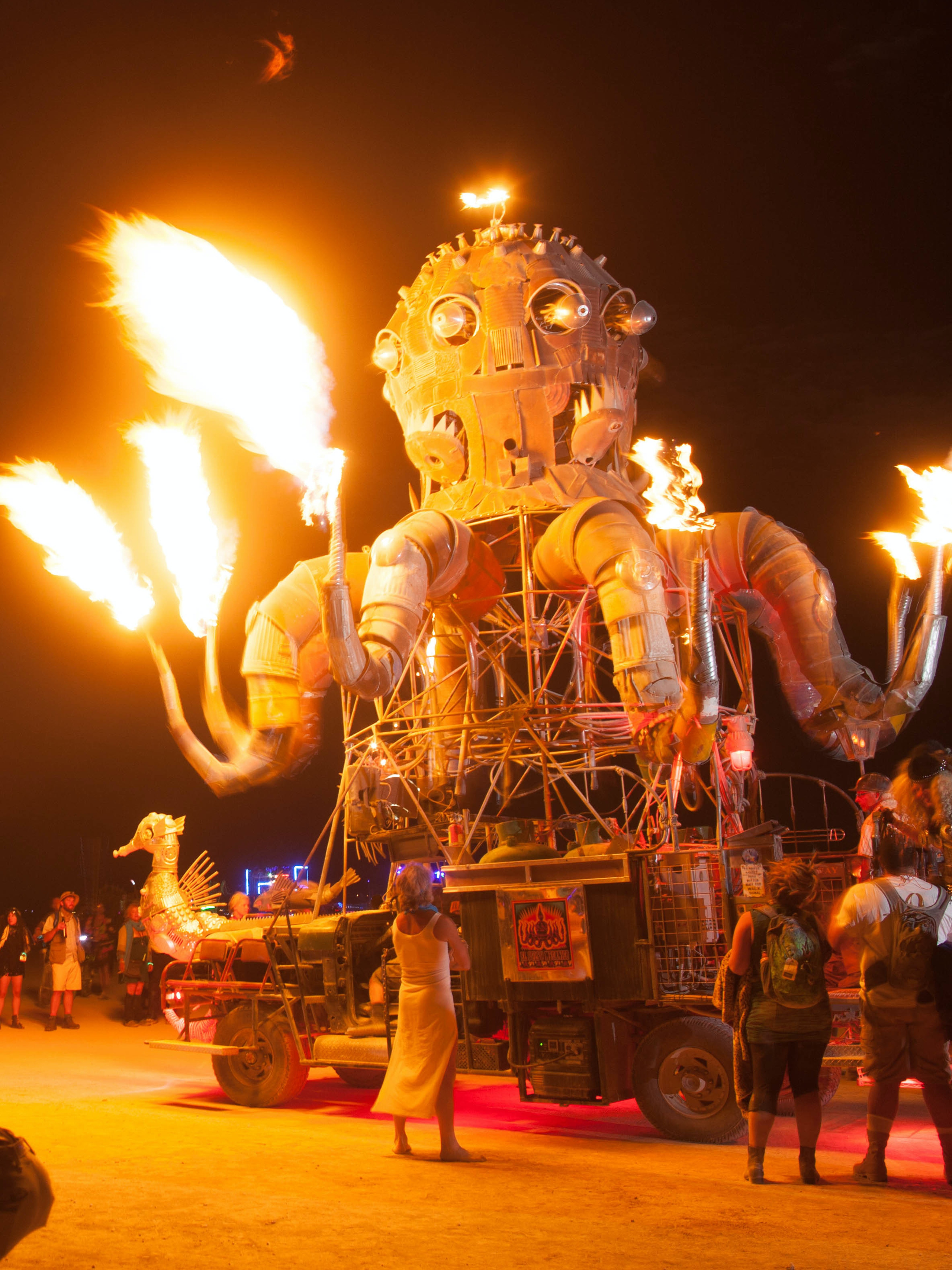 Old Country Auto >> The 10 Best Burning Man 2015 Projects, and How They Work ...