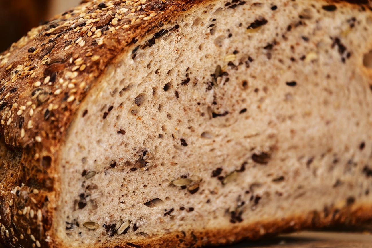 Which Bread Is Healthiest for You: Multigrain, Whole Wheat