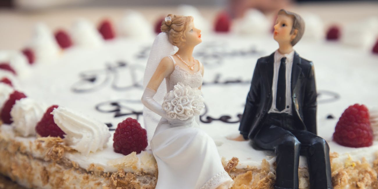 Dissatisfied Couples Are Googling Whether They Should Break