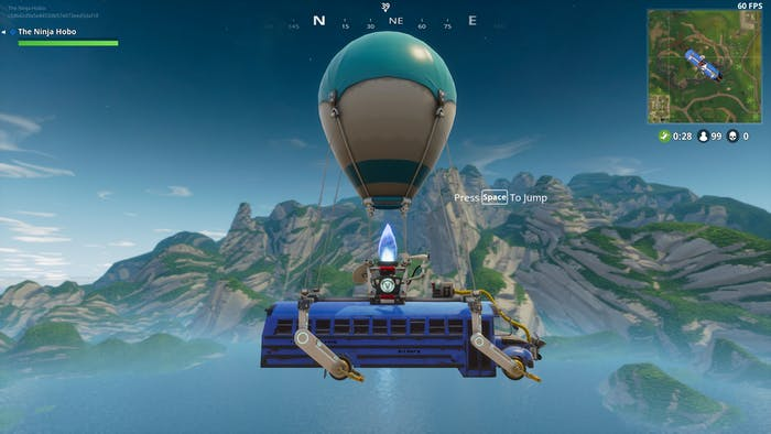 How does such a small balloon lift such a heavy bus in 'Fortnite'?