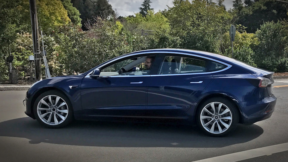 The Model 3 taking a turn.