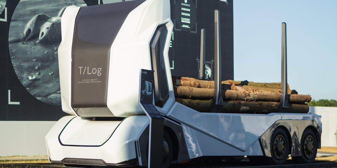 Video Shows First Level 4 Autonomous Truck Getting